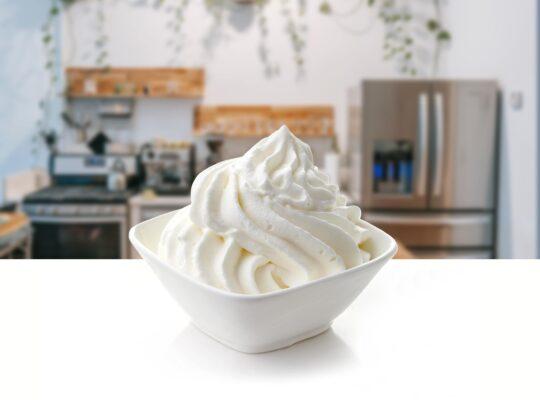 Faire monter une crème fouettée ou une chantilly